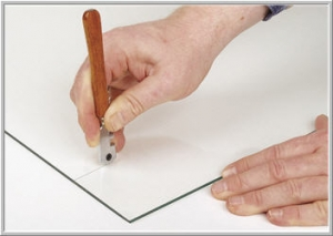 Glass Cutting by hand