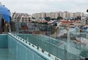 Glass fence installation