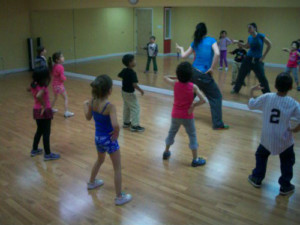learning dance in mirror wall studio